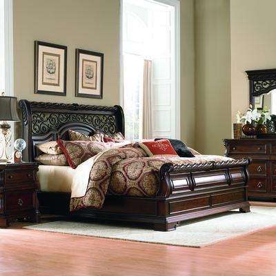 Arbor Place 5-Piece Queen Sleigh Bedroom Set