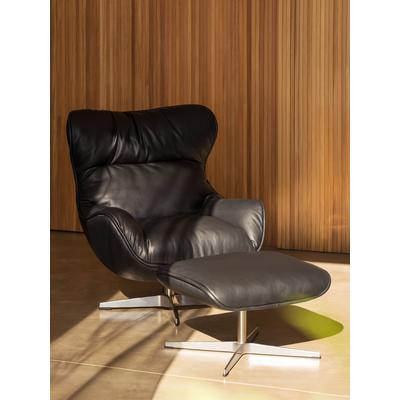 Arie Chair with Welt